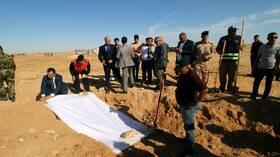 العراق يعلن القائمة الأولى لضحايا المقابر الجماعية الإيزيديين
