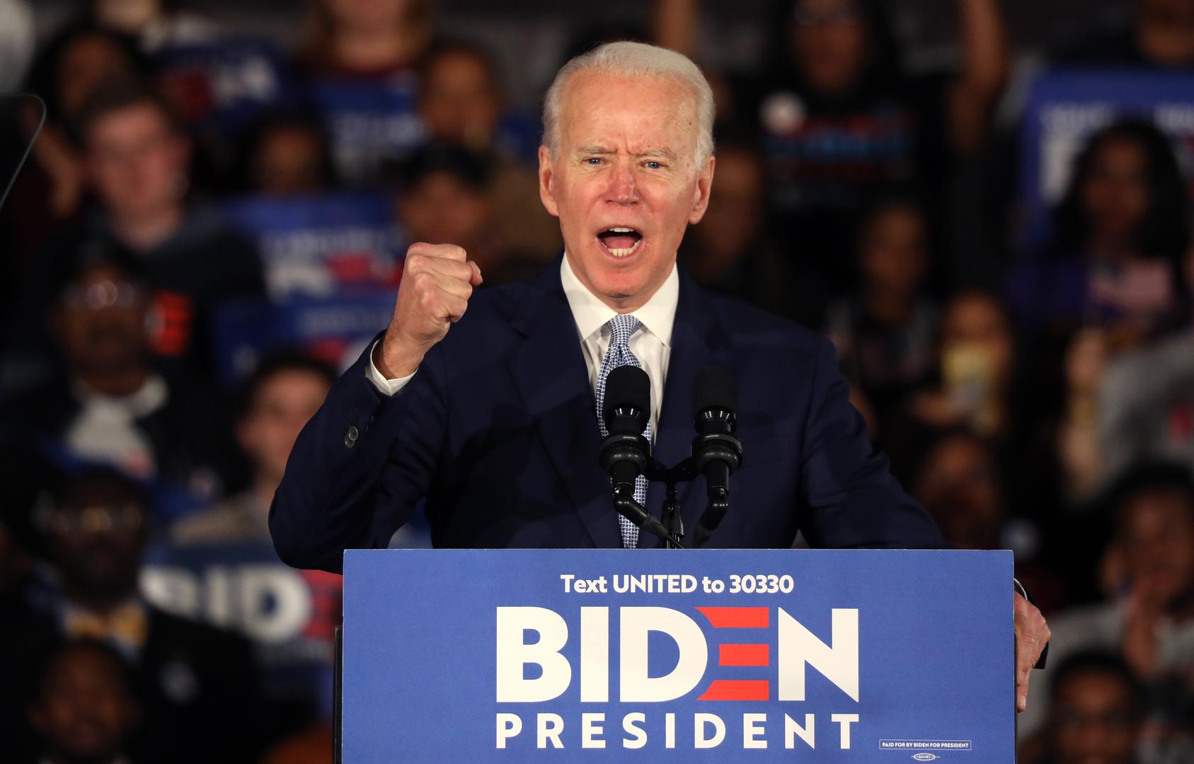 بعد سلسلة إخفاقات.. بايدن يفوز بانتخابات الحزب الديمقراطي في كارولاينا الجنوبية