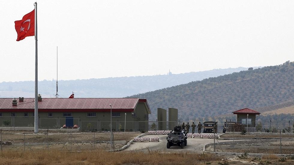 مركز حدودي للجيش التركي في هطاي على الحدود السورية (صورة أرشيفية)