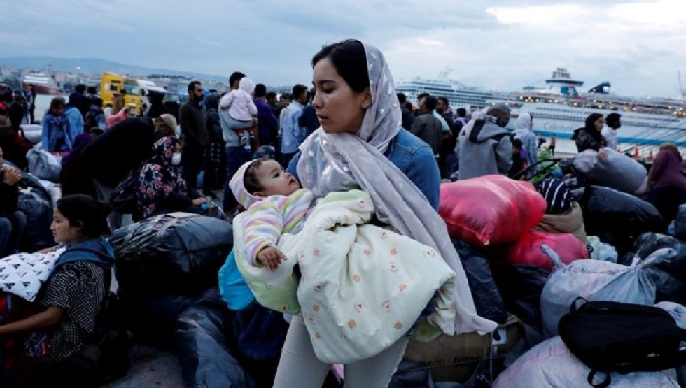 مهاجرون غير شرعيين في طريقهم إلى اليونان
