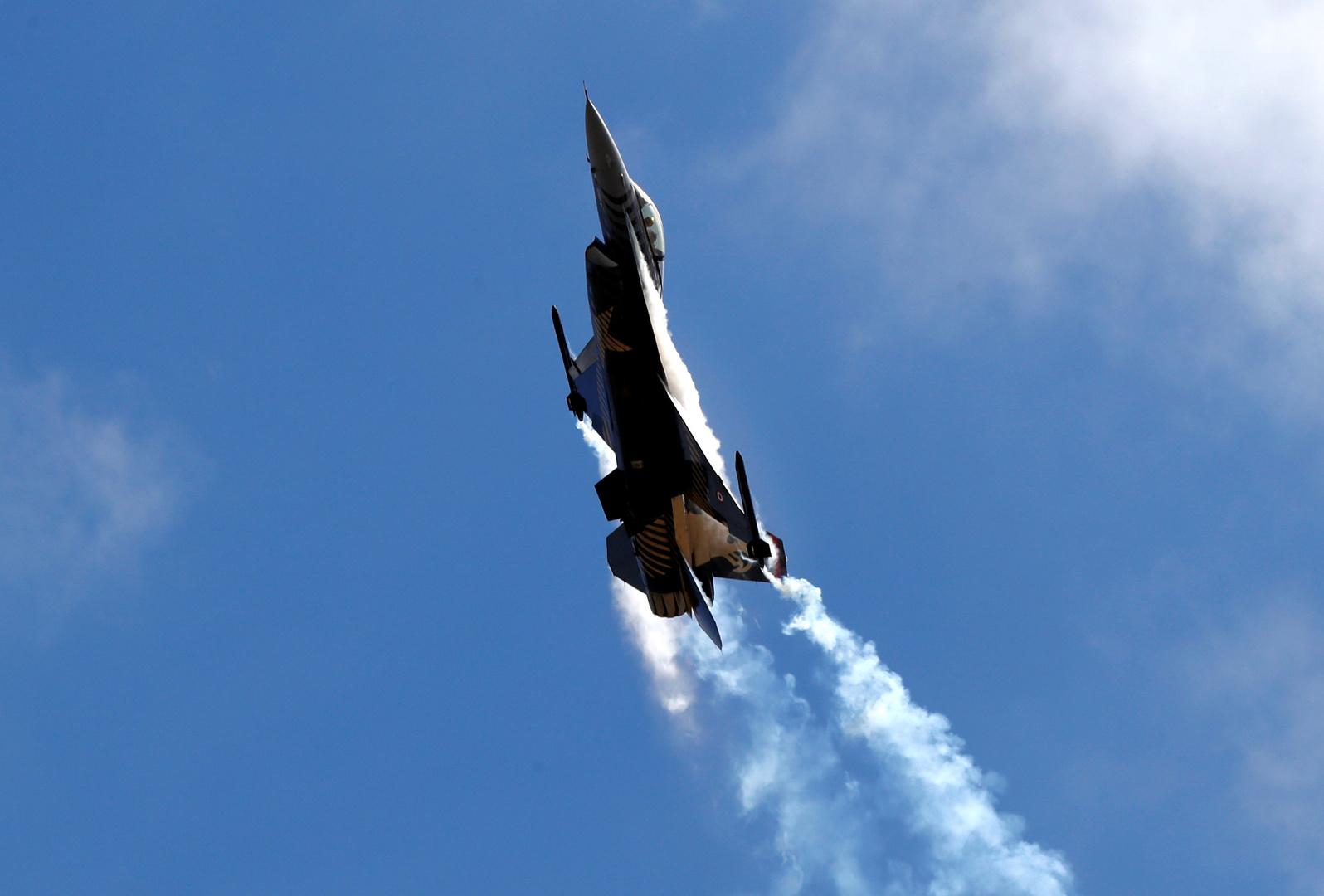الدفاع الروسية: لا نضمن سلامة F-16 التركية