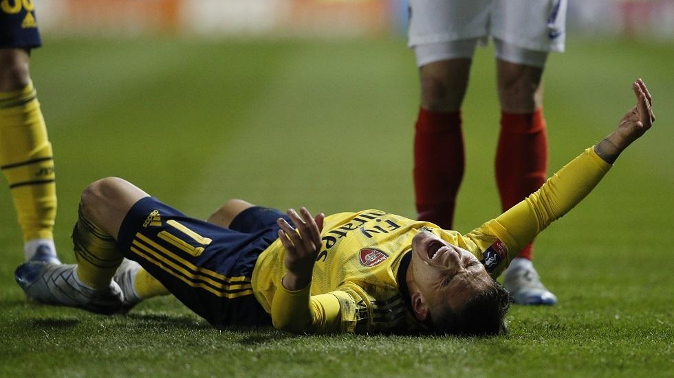 إصابة لاعب أرسنال توريرا بكسر في الكاحل