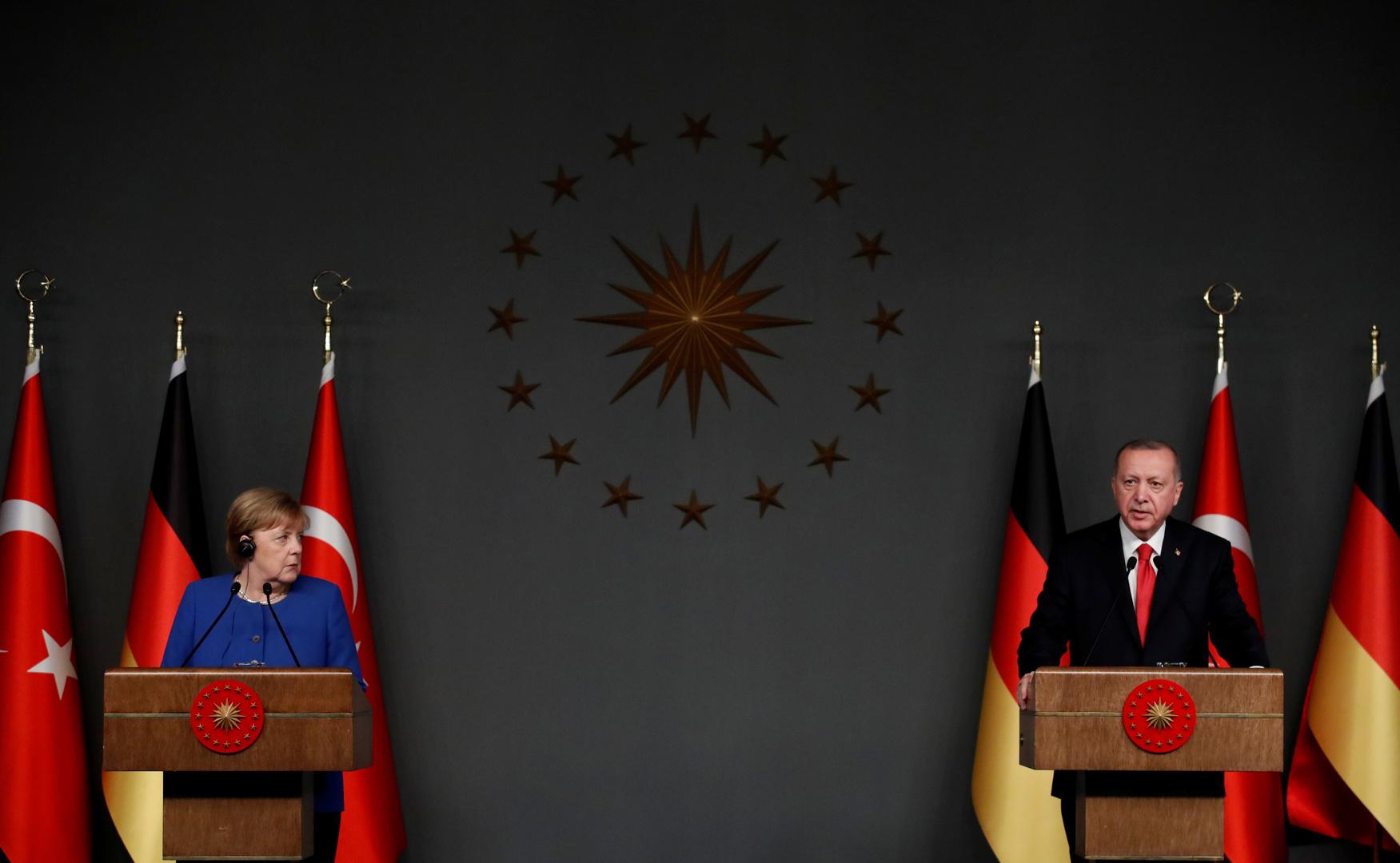 الرئيس التركي، رجب طيب أردوغان، والمستشارة الألمانية، أنغيلا ميركل