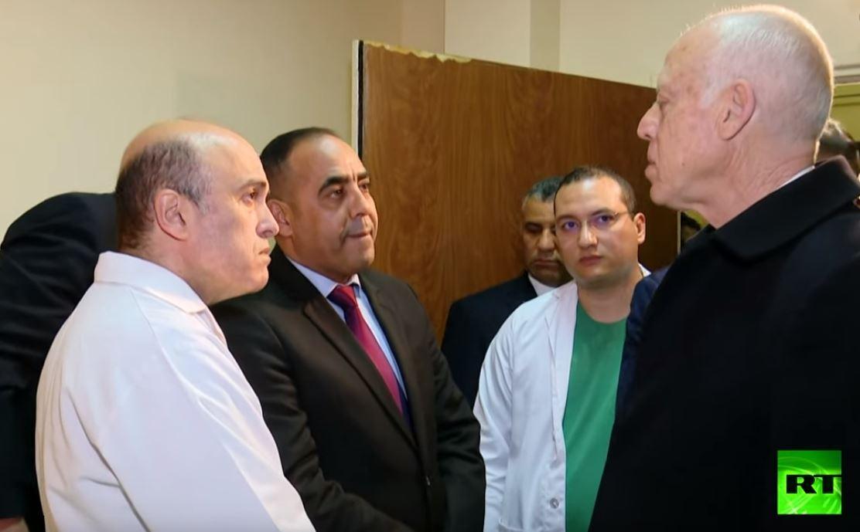 الرئيس التونسي يتفقد مصابي العملية الانتحارية