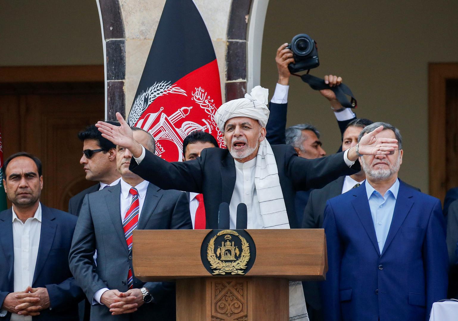 أشرف غني يلقي خطابا إلى أنصاره بعد أدائه يمينا دستوريا كرئيس أفغانستان