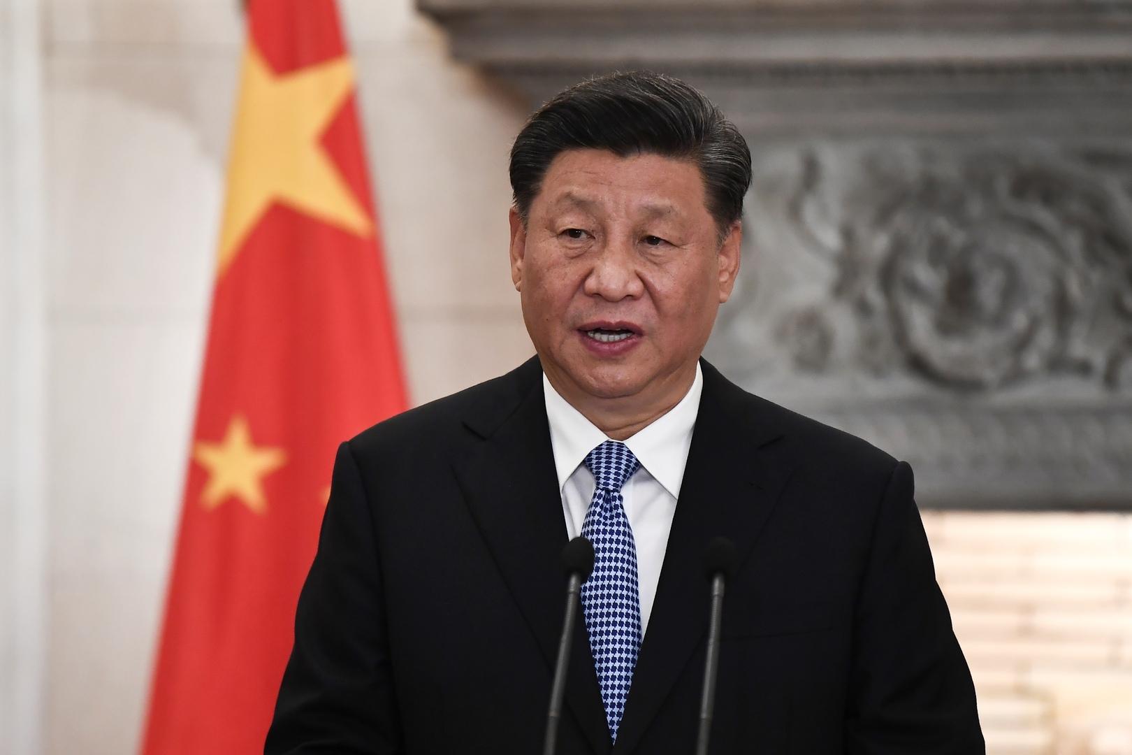الرئيس الصيني يزور بؤرة الوباء في بلاده!