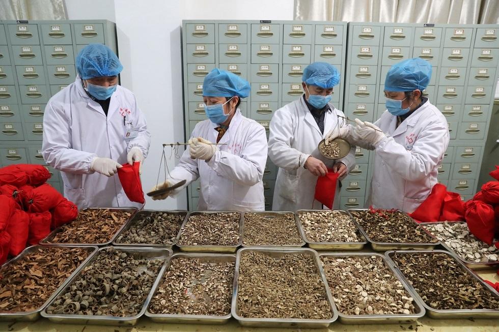 مسؤول صيني يؤكد أن عشرات الآلاف تعافوا من
