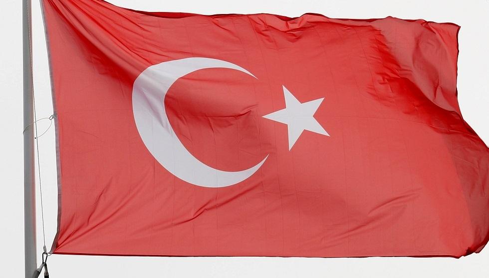 تركيا تستدعي سفير اليونان وتطالب أثينا بـ