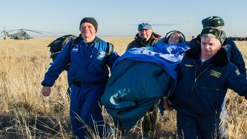 التدريب على إجلاء ونقل رواد الفضاء من المنطقة العسكرية الوسطى