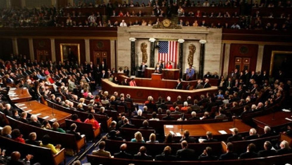 مجلس النواب الأمريكي يقر قانونا للحد من أضرار كورونا