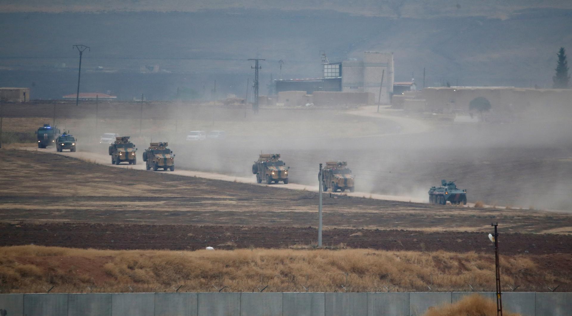 الدفاع الروسية تعلن عن نتائج المفاوضات العسكرية مع تركيا حول إدلب