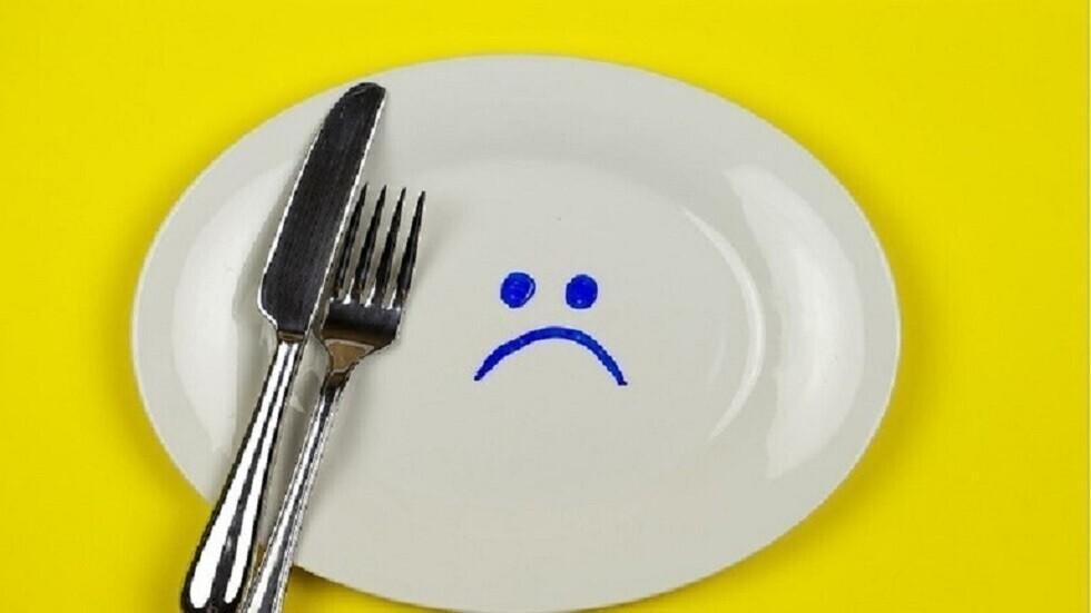 نظام غذائي شائع يسبب أعراضا مؤقتة تشبه كورونا