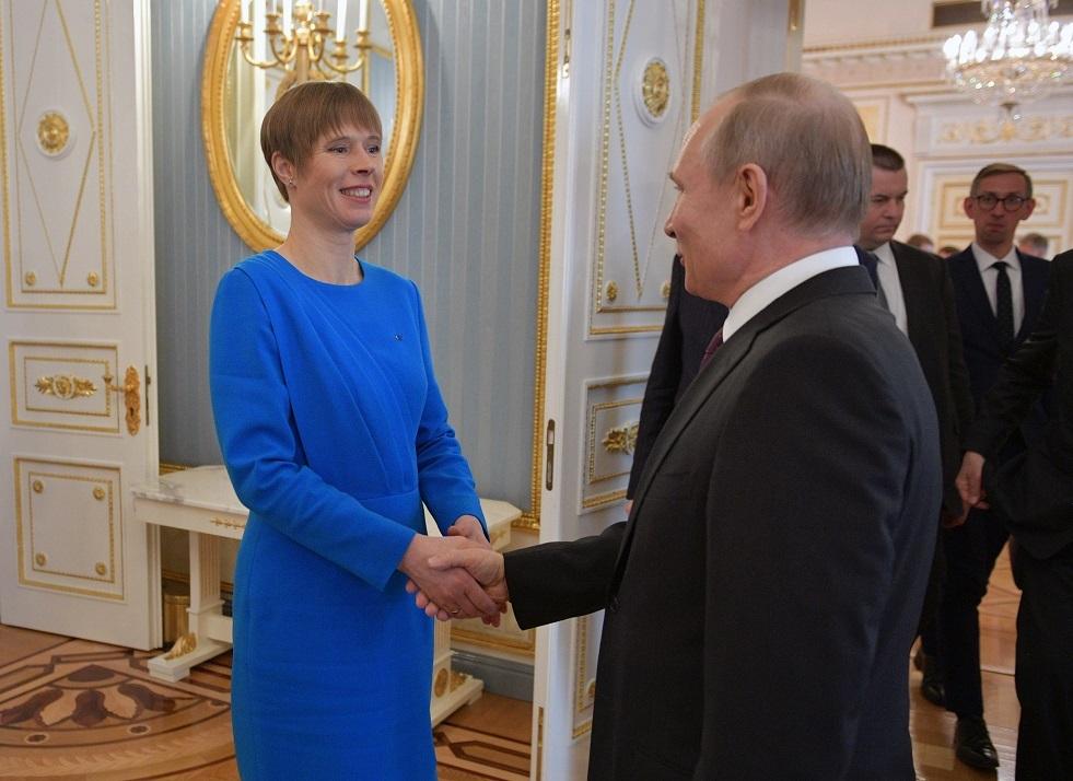 بوتين يبحث مع رئيسة إستونيا سبل مكافحة كورونا