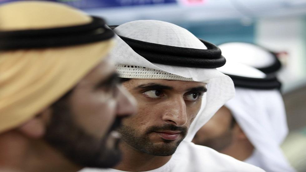 رئيس المجلس التنفيذي في دبي حمدان بن محمد ووالده الشيخ محمد بن راشد نائب رئيس الإمارات