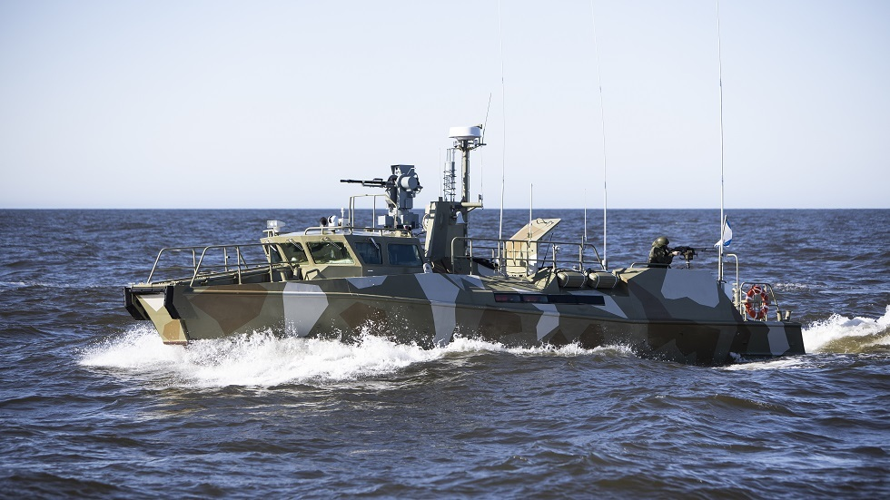 روسيا تستحدث وحدات نسائية لقوات خفر السواحل