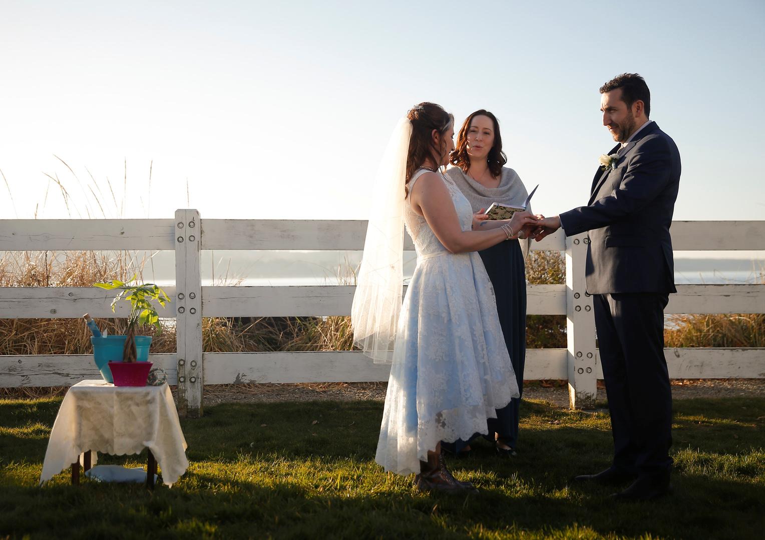 إجراءات جديدة للمناسبات في أستراليا لمواجهة كورونا.. يكفيكم حفل زفاف بخمسة مدعوين!