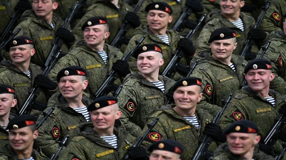 Det russiske forsvar strammer forebyggende foranstaltninger over for deltagerne i militærparaden
