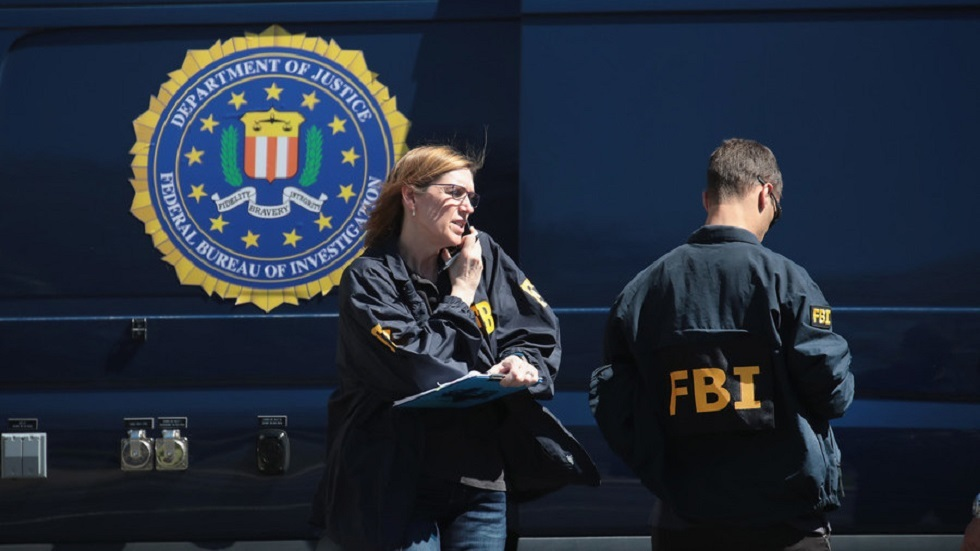 عناصر من مكتب التحقيقات الفدرالي الأمريكي