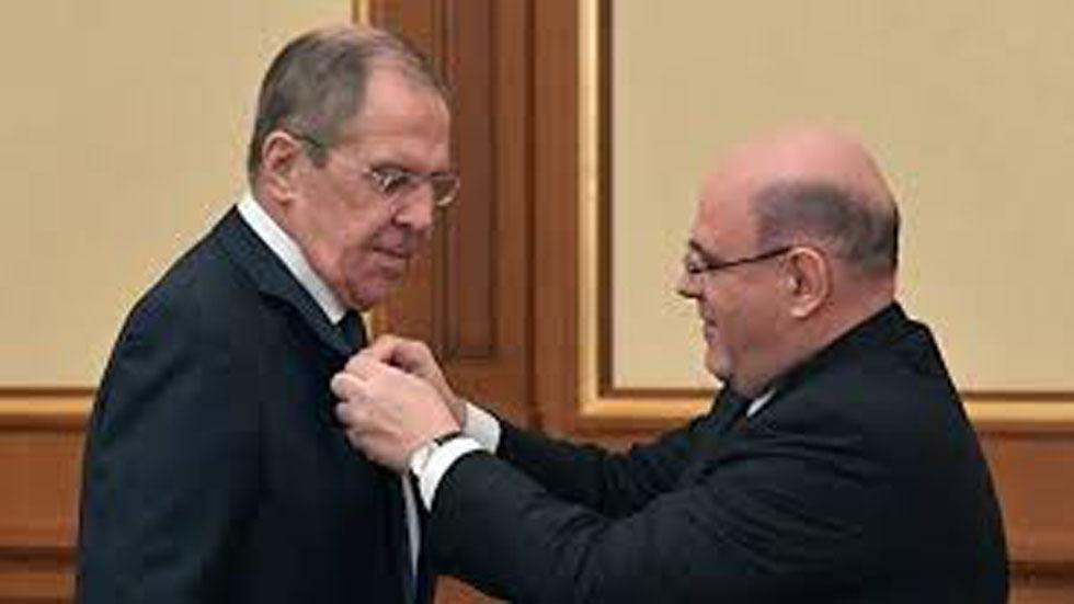 ميشوستين: لافروف فخر لروسيا ومدافع عن مصالحها