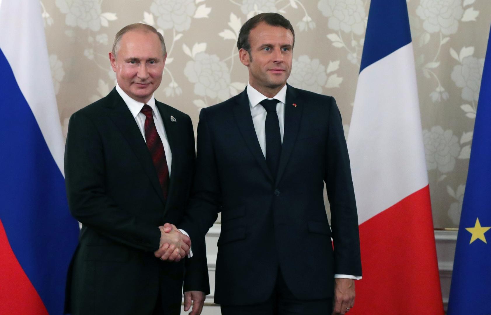 الكرملين: بوتين وماكرون يبحثان التعاون ضد كورونا