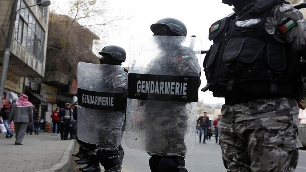 الأمن الأردني يحقق في تسجيلات صوتية روجت لشائعات حظر تام للتجول في البلاد