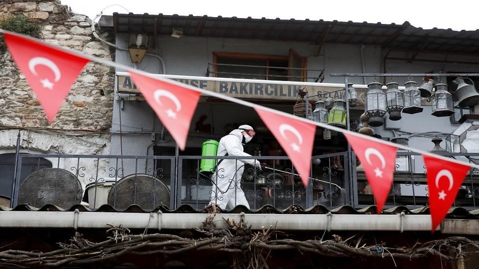 الصحة التركية: ارتفاع حصيلة وفيات كورونا إلى 75 بتسجيل 16 وفاة جديدة وبلوغ الإصابات 3 آلاف
