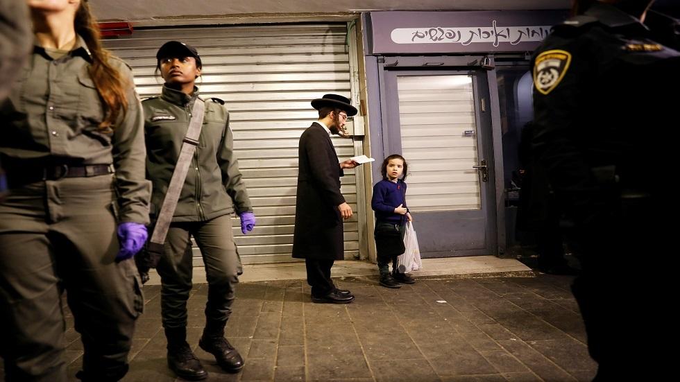 إسرائيل تحجر على 200 طالب عادوا من الأردن