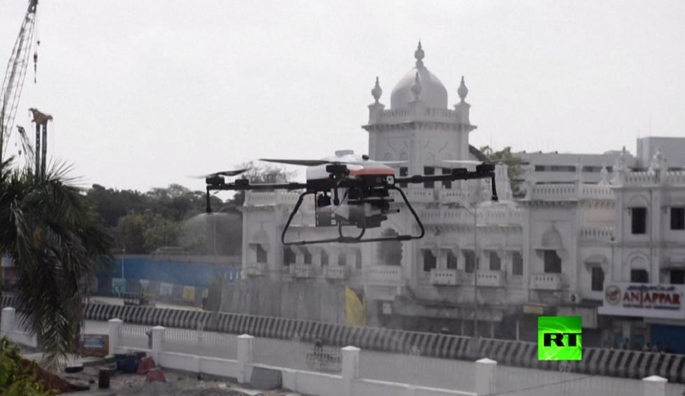 بالفيديو.. الهند تختبر الدرونات لمواجهة كورونا