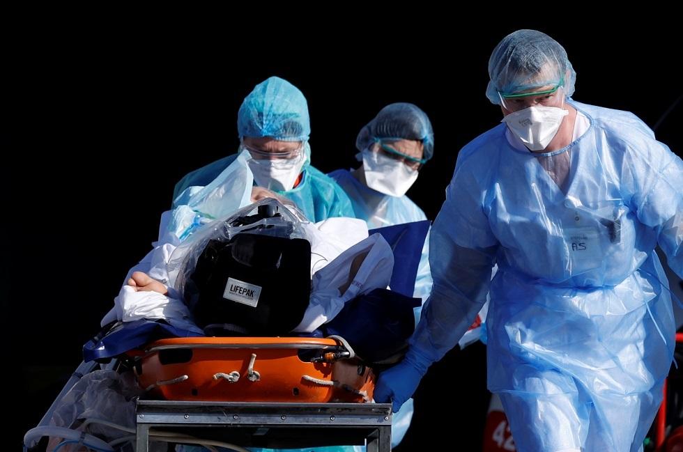 فريق طبي فرنسي