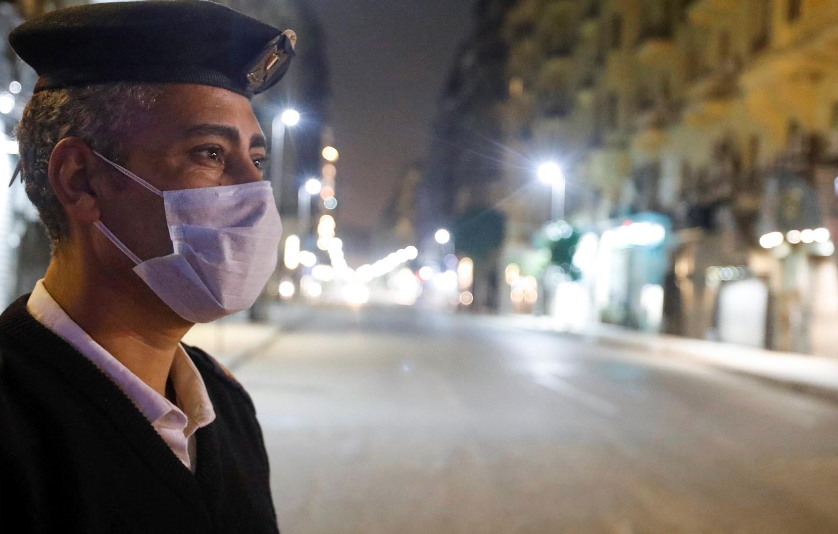 مصر.. القبض على مئات المصريين بسبب حظر التجول