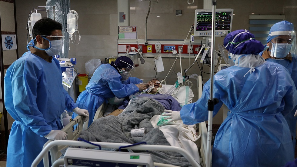 إيران: 3111 إصابة جديدة و141 وفاة بكورونا خلال الـ24 ساعة الماضية