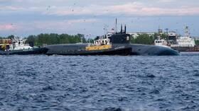 البحرية الروسية تتسلم غواصة