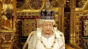 إصابة مساعد الملكة إليزابيث في قصر باكينغهام بفيروس كورونا