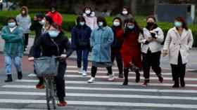 ما هو الحمل الفيروسي وكيف يحفز انتشار كورونا حول العالم؟