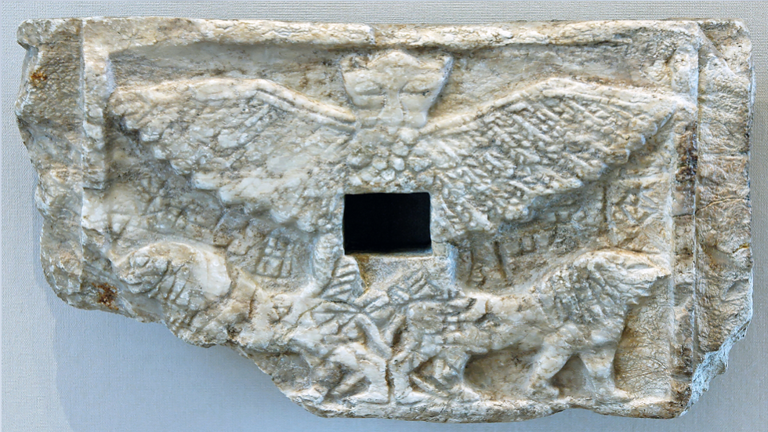 """اكتشاف موقع قديم لـ""""إله حرب ما بين النهرين"""" في العراق!"""