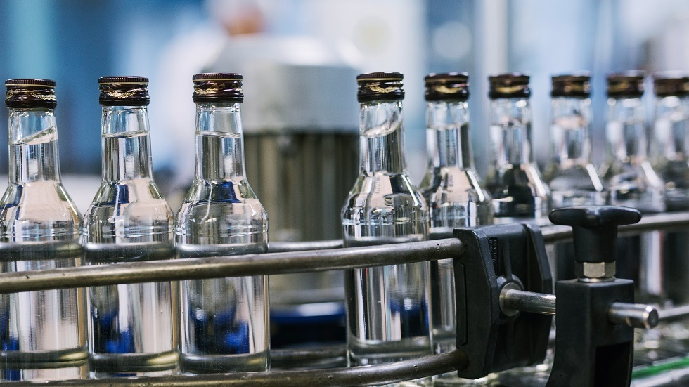 هل يمكن تعقيم الجسم بتناول الكحول؟