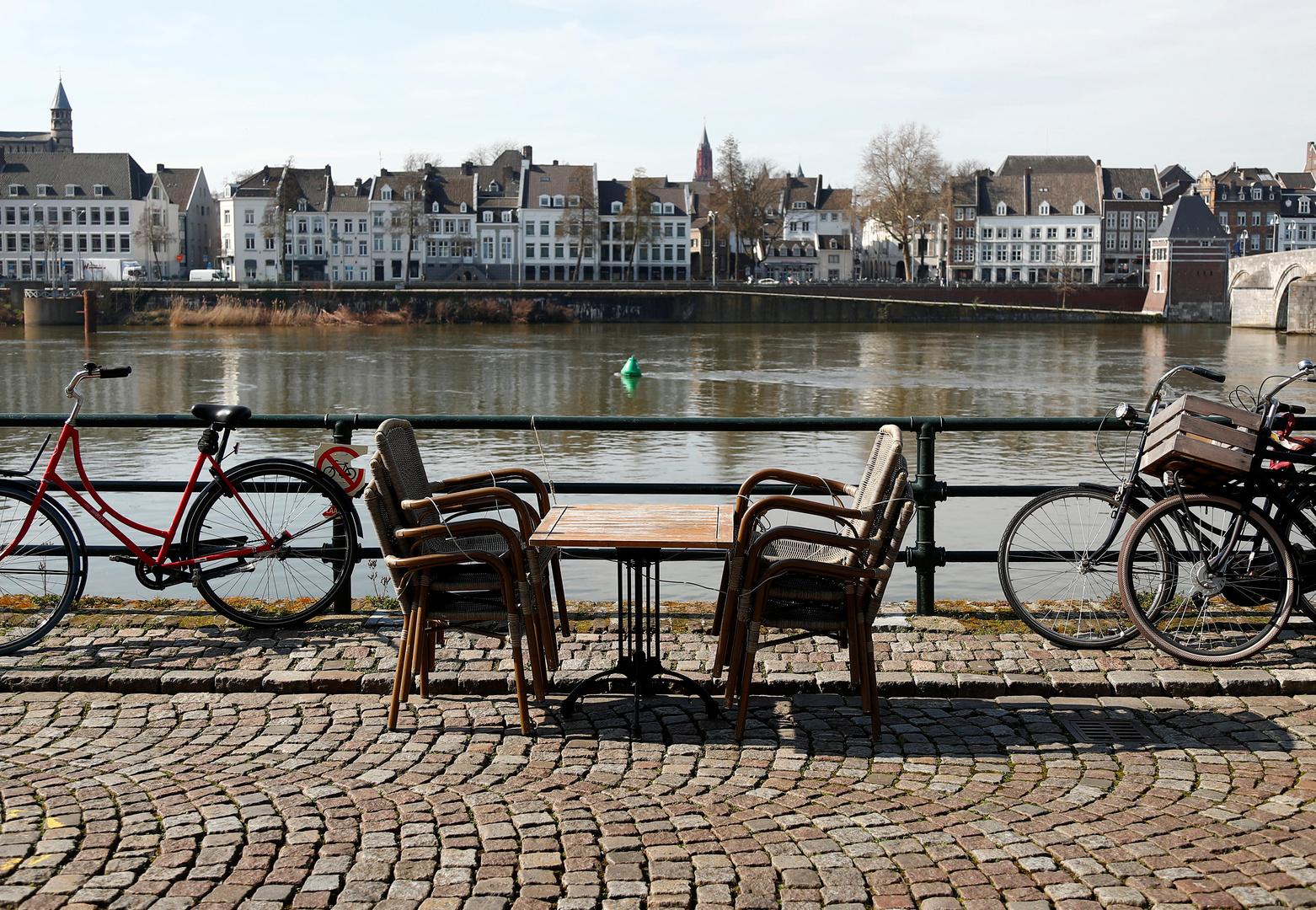 لأول مرة.. شخصان تحت سن 50 بين 134 ضحية جديدة لكورونا في هولندا