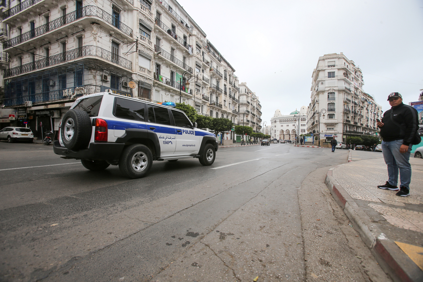 صمت رسمي فرنسي بعد استدعاء سفير باريس في الجزائر