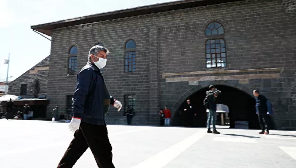 عدد المصابين بكورونا في تركيا تجاوز 18 ألف شخص