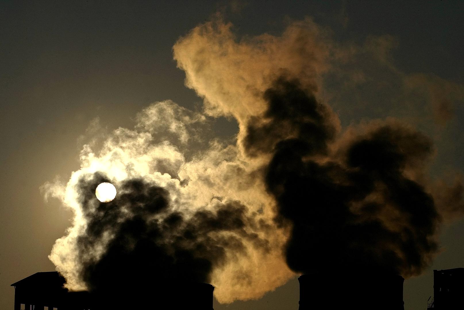 انبعاثات الكربون قد تصل أدنى مستوياتها منذ الحرب العالمية الثانية بفضل تفشي كورونا