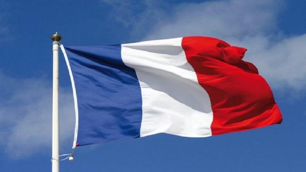 طبيب فرنسي يعتذر عن اقتراحه تجربة لقاح لعلاج
