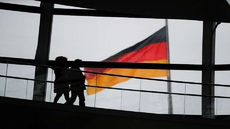 ألمانيا تسجل انخفاضا طفيفا في عدد الإصابات الجديدة بكورونا