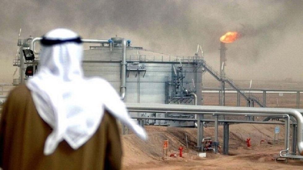 الكويت تصدر أول شحنة نفط من المنطقة المقسومة مع السعودية بعد انقطاع دام سنوات