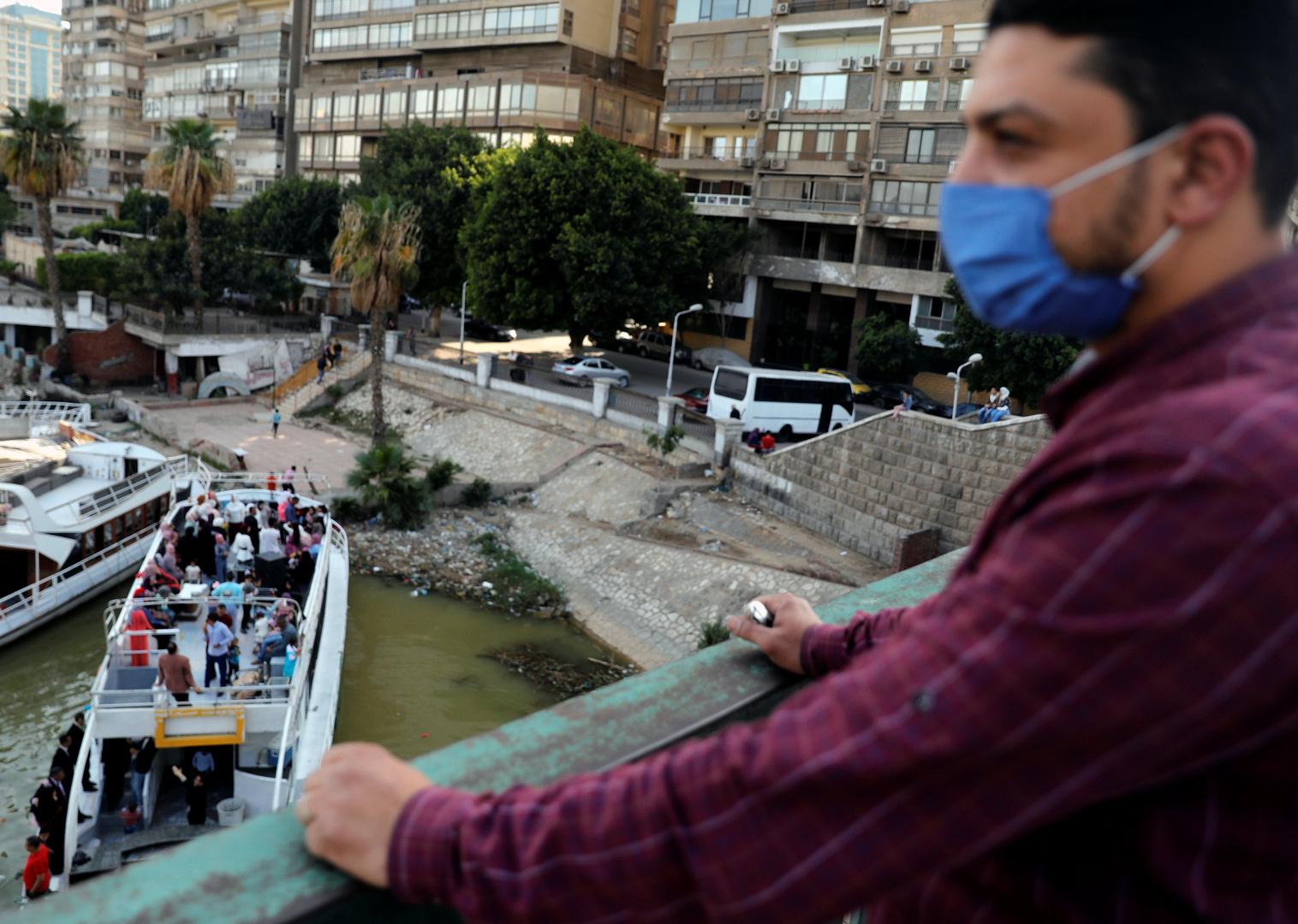 الكشف عن موعد ذروة الإصابات بكورونا في مصر