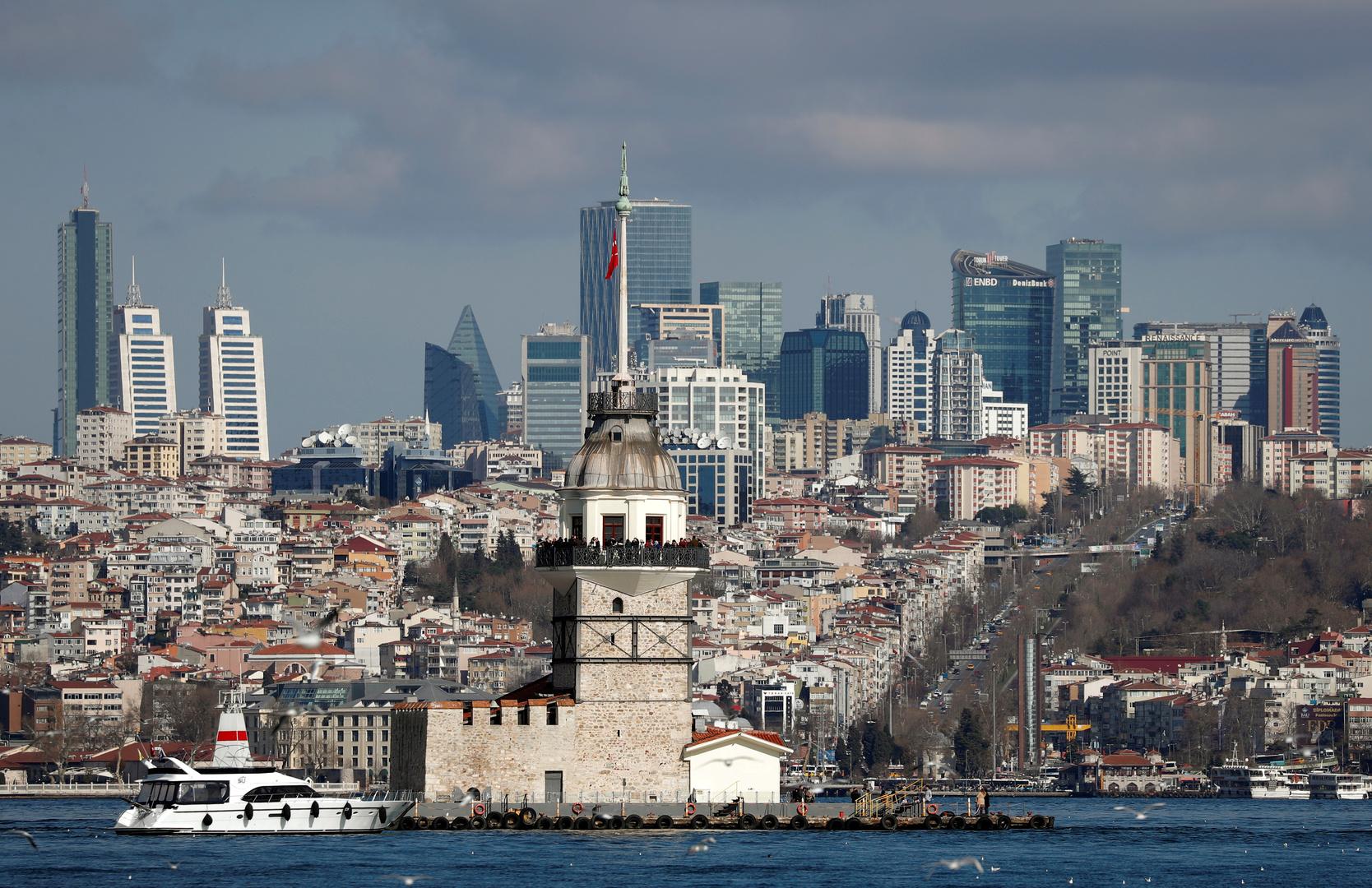 تركيا تسجل أكبر ارتفاع يومي لحصيلة إصابات كورونا بـ3135 حالة جديدة