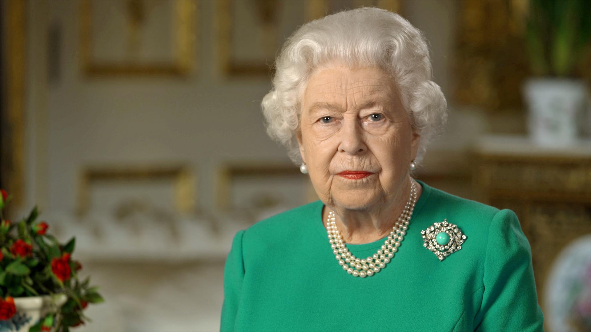 الملكة البريطانية، إليزابيث الثانية، تلقي خطابا وسط أزمة فيروس كورونا