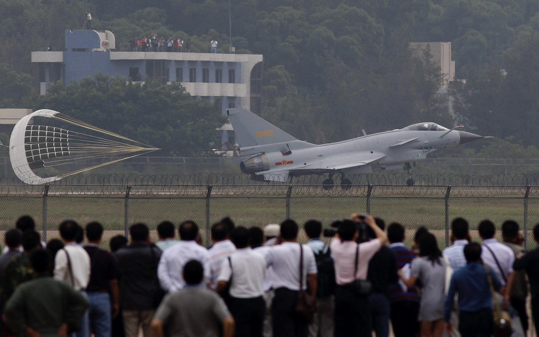 معركة جوية فوق طهران: Chengdu J-10 الصينية تتفوق على ميغ-35 الروسية