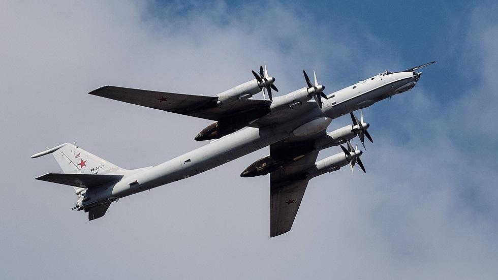 طائرة استطلاع عسكري روسية من طراز Ту-142