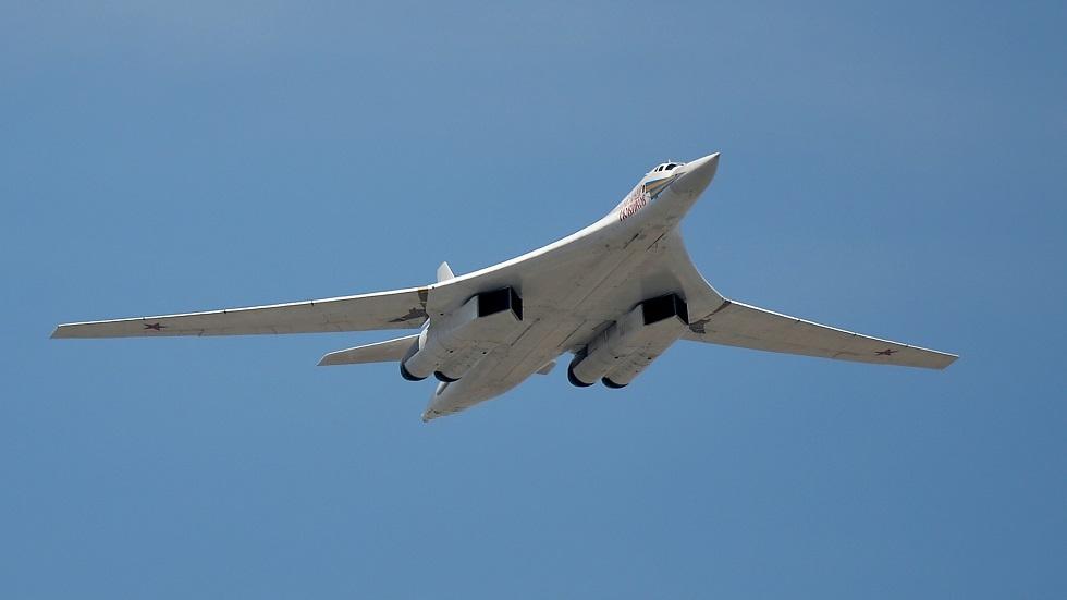 قاذفة القنابل الاستراتيجية الروسية Tu-160