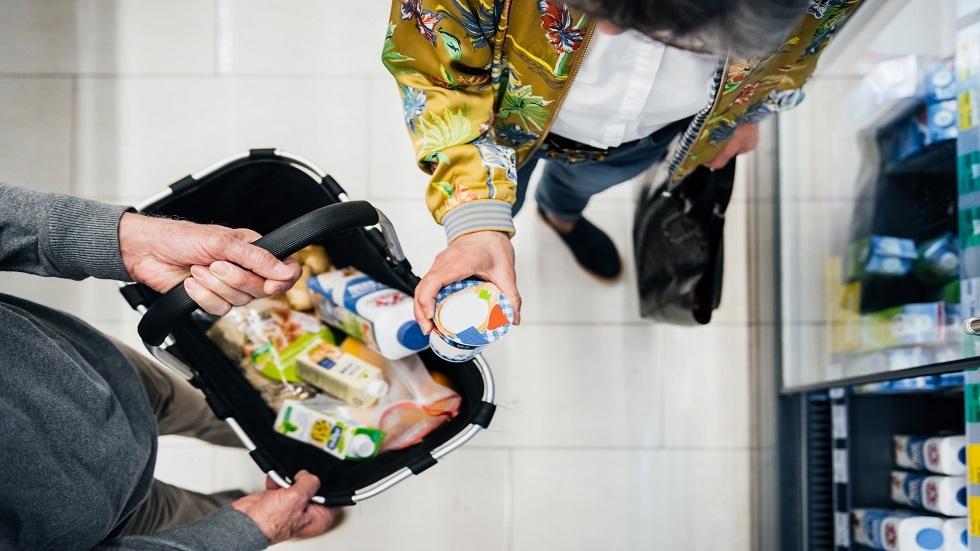 كيف تحمي نفسك من فيروس كورونا عند التسوق في المحلات التجارية؟